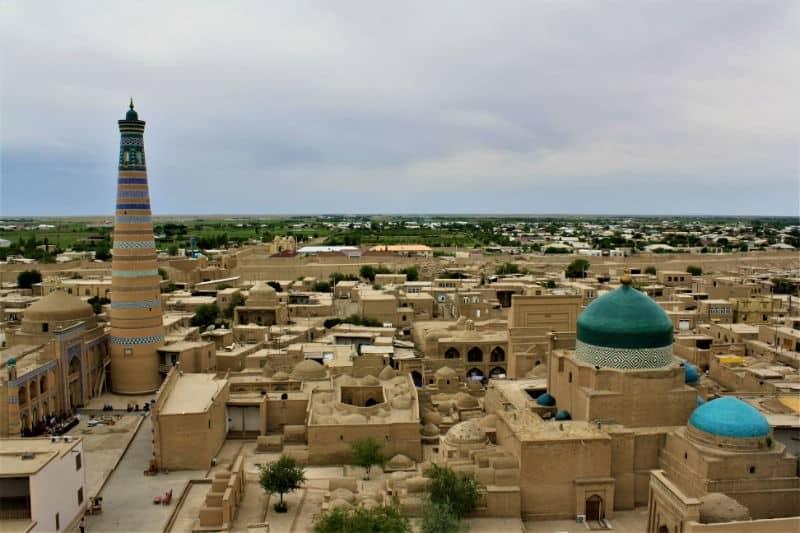 Giorno 3. Tashkent – Urgench (volo interno) – Khiva