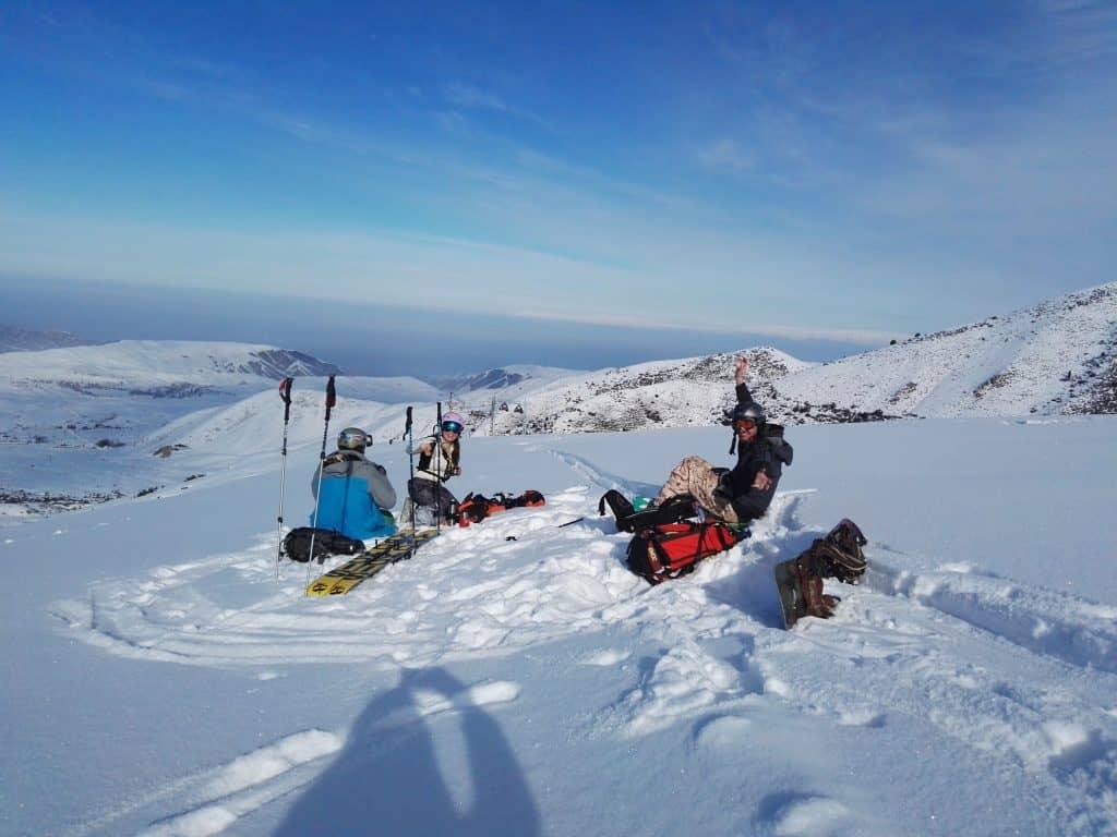 Giorno 2. Inizio dello sci nella base sciistica di Karakol