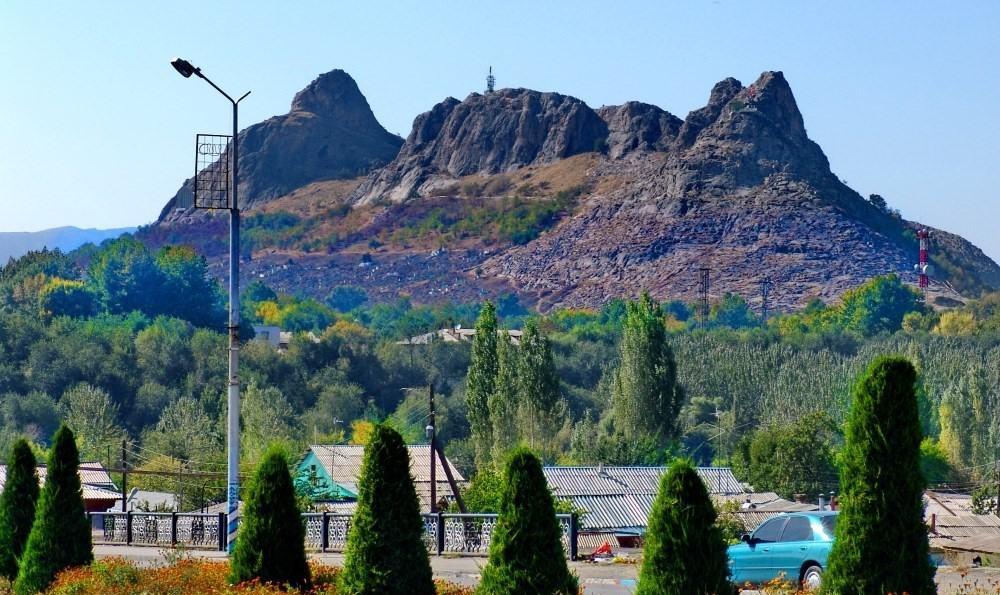 Jour 9. Kazarman – Ouzgen – Och (ca. 255 km., 5-6 h)