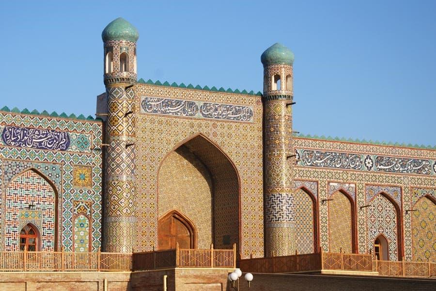 Jour 12. Och – Andijan – Fergana – Tachkent (ca. 480 km., 8 h.) (Ouzbékistan)