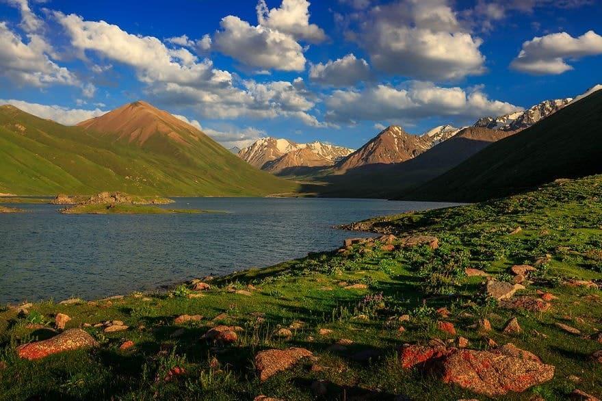 Giorno 7. Kol Ukok Lago – Kochkor – Kyzart ( equitazione )  (ca. 70 km, 1h)