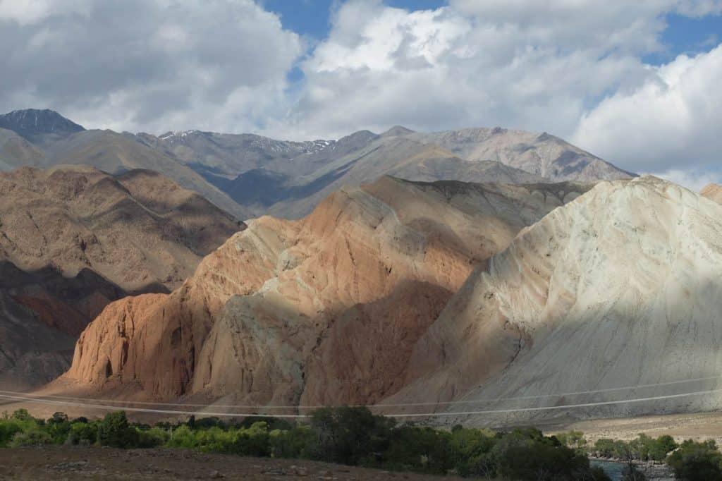 Jour 2. Bichkek – Soussamyr  – Kyzyl Oy (ca. 155 km, 3h de transfert) (VTT)
