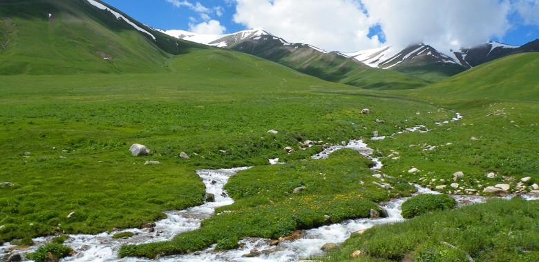 Jour 11. Altyn Arachan – Karakol (Trek à pied)